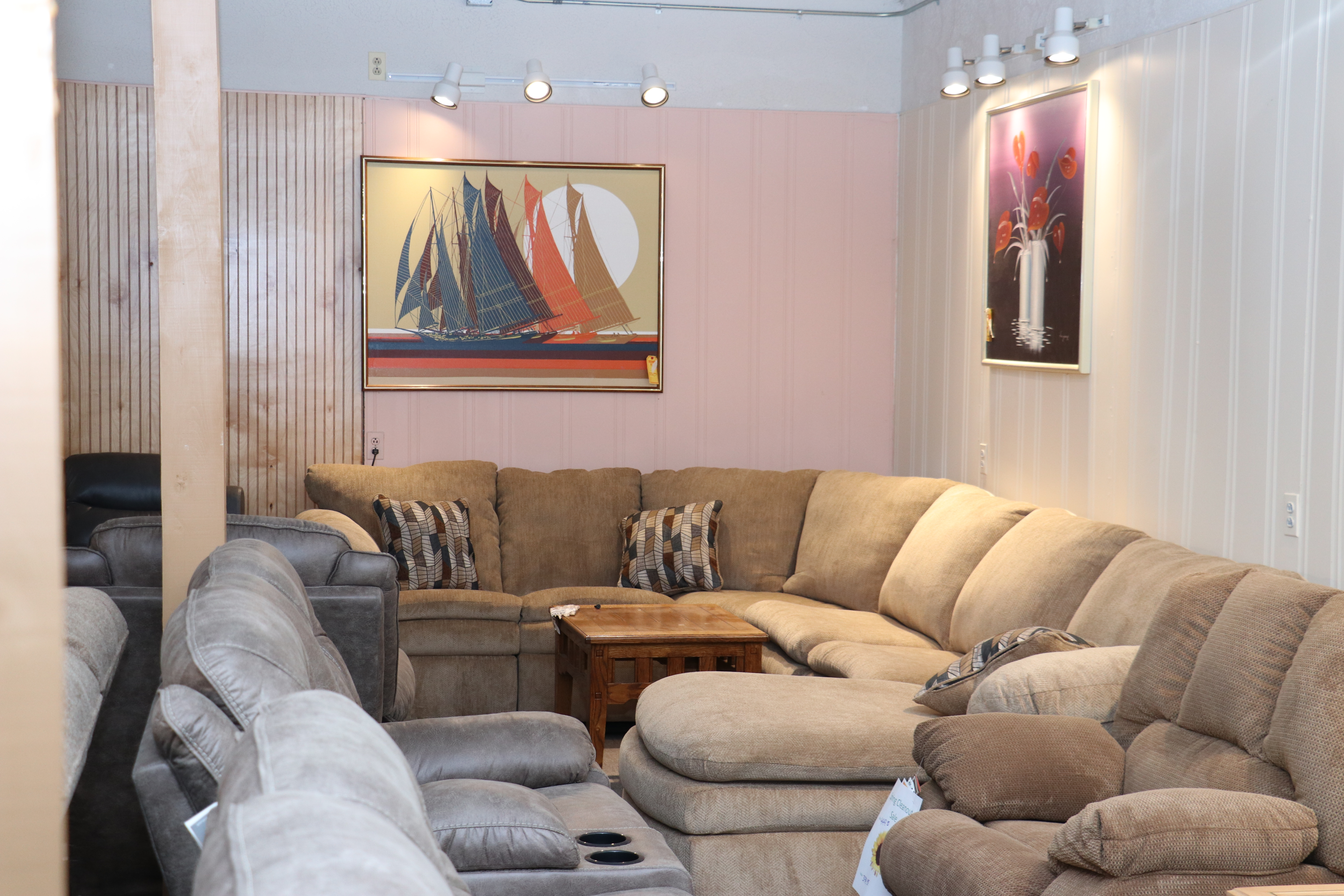 Gallant Discount Furniture | Roxbury Maine 0020